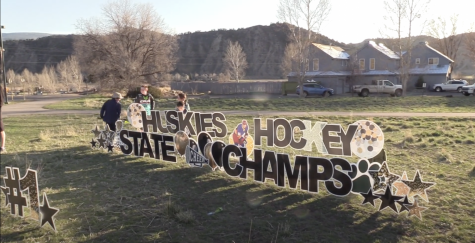 Huskies Hockey wins the 4A State Championship